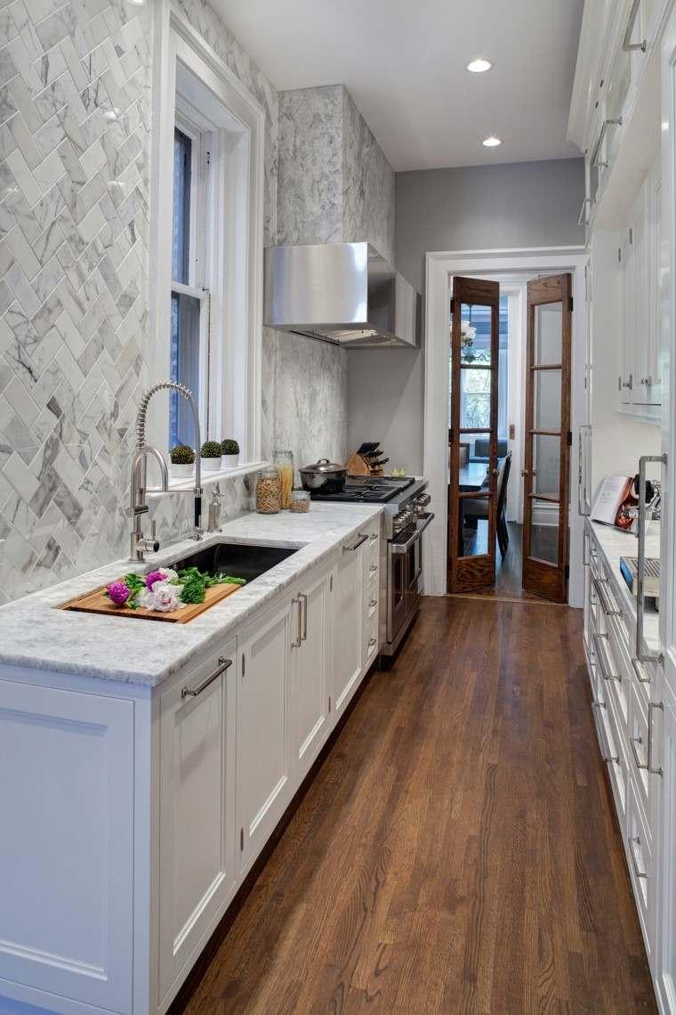 como decorar una cocina estrecha larga ideas