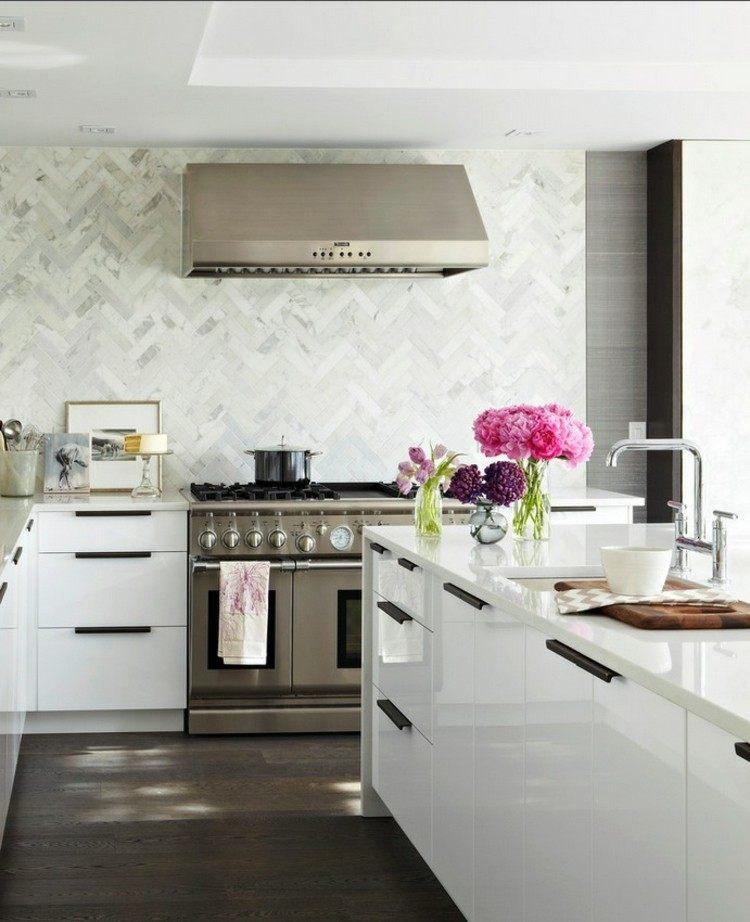 como decorar una cocina fresca marmol metales