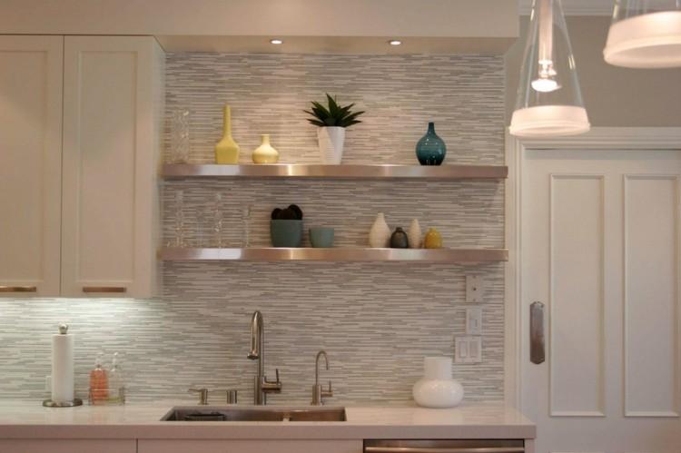 como decorar una cocina luces led estantes