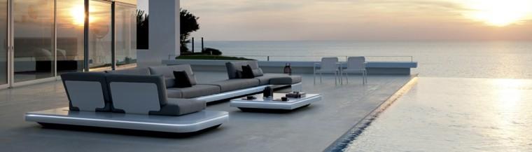 conjunto muebles terraza estilo futurista