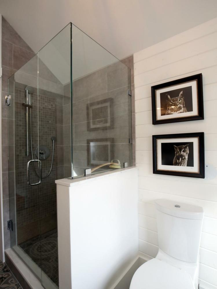 cuadros paredes decorado blancos ladrillos bañera