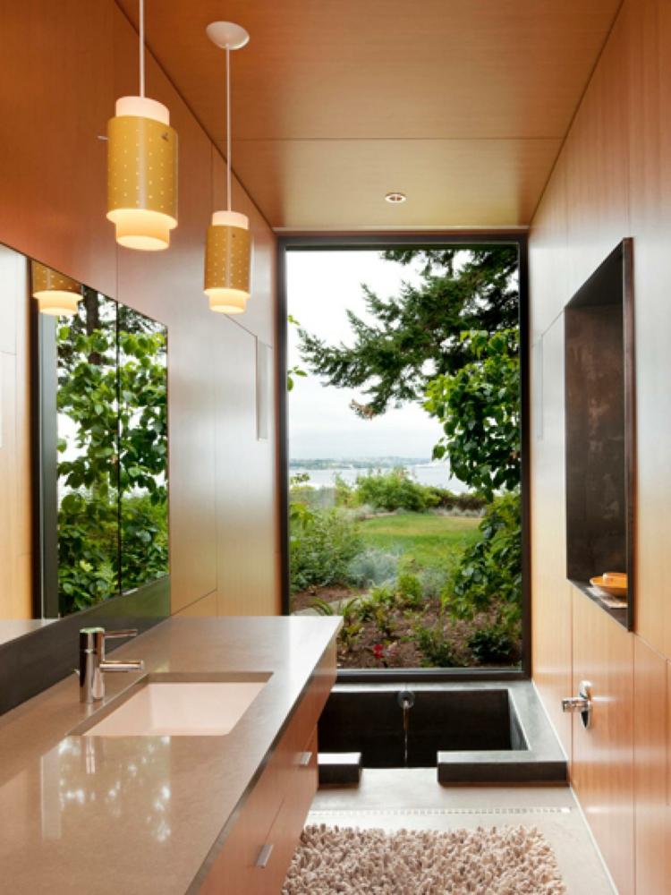 Baño Con Vista Al Jardin:Cuartos de baño modernos y contemporaneos para todos