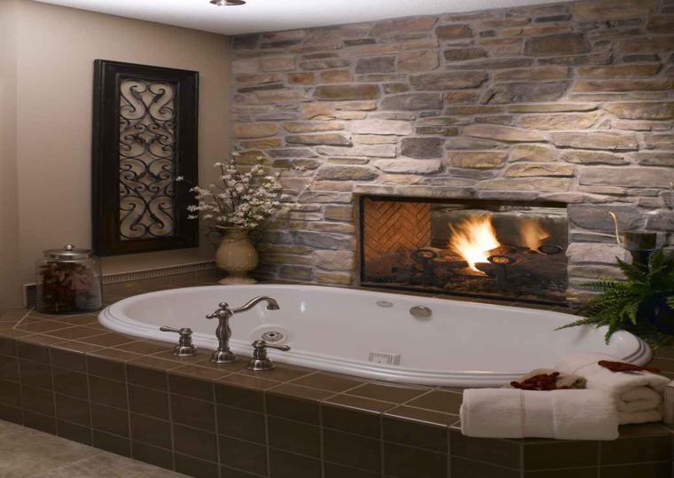 decoración bañera chimenea planta