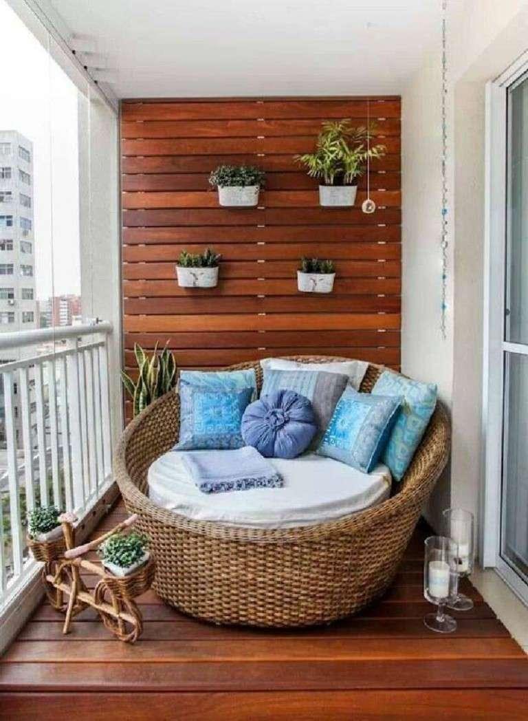 decoración terraza nido mimbre