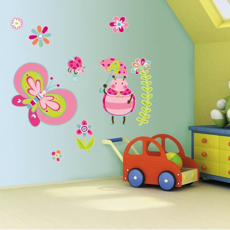 decoración pared zona infantil