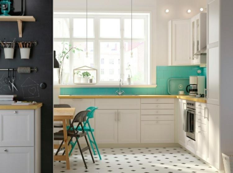 decoracion de cocinas pequeñas blanco verde ideas