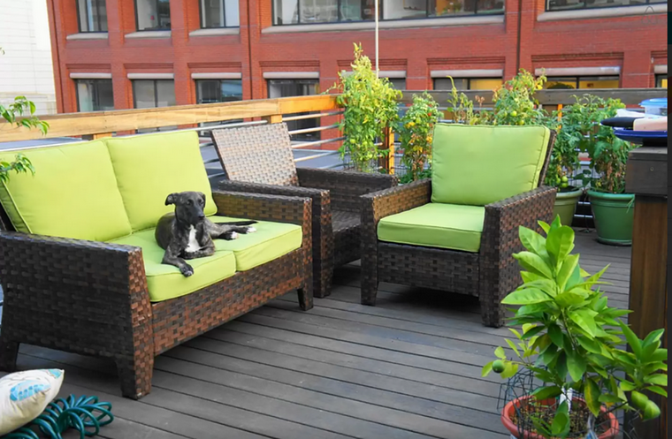 decoracion exteriores terrazas cojines verdes ideas