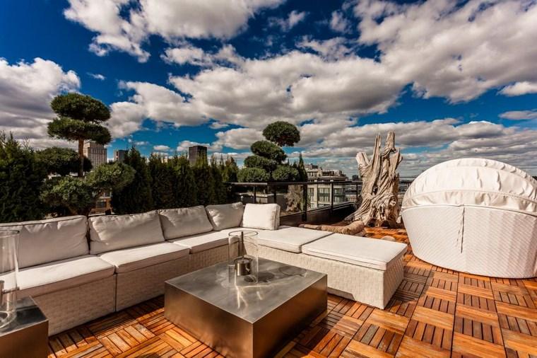 decoracion exteriores terrazas mesa plata ideas