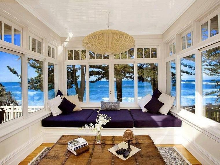 decoracion salones modernos vistas cojines purpura ideas
