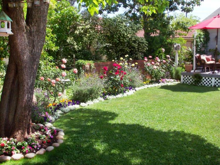 decoracion de terrazas y jardines rocas soluciones cesped