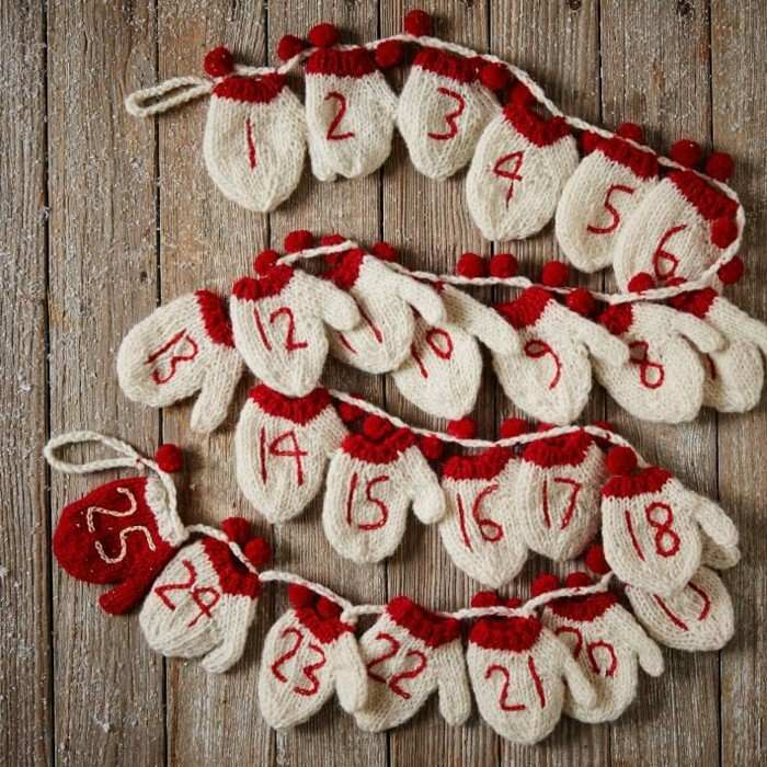 decoracion navidad madera guantes rojo