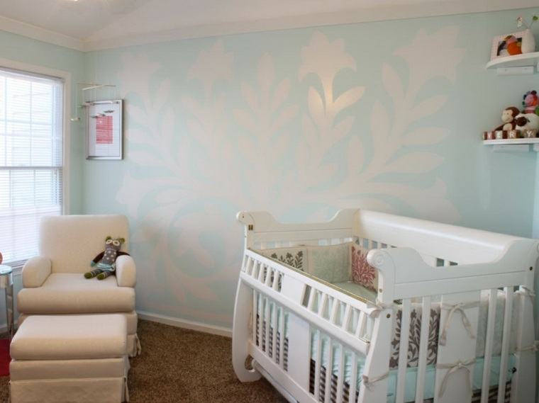 decoracion pared dormitorio bebe celeste