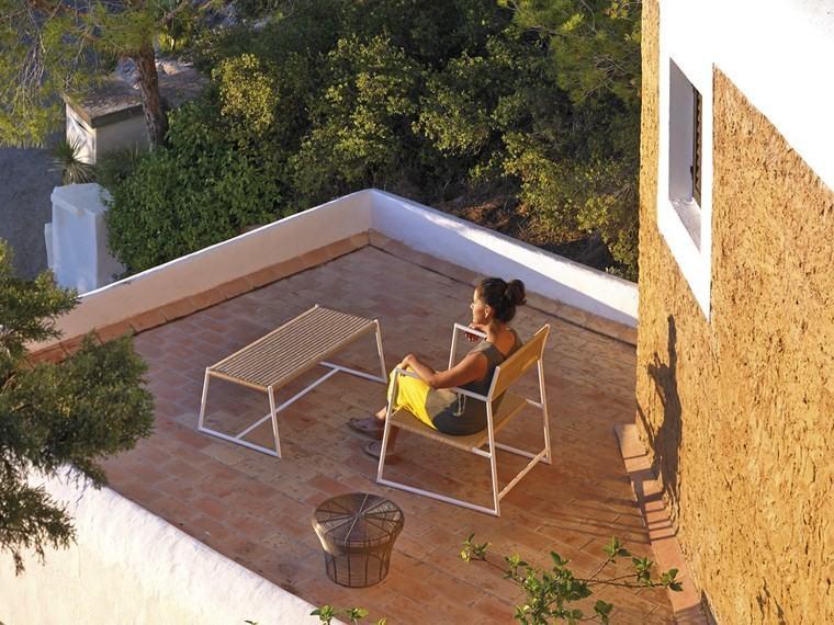 decoracion terraza pequeñas mesa sofa ideas
