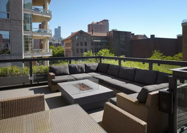 decorar terrazas urbanas plantas edificios rocas