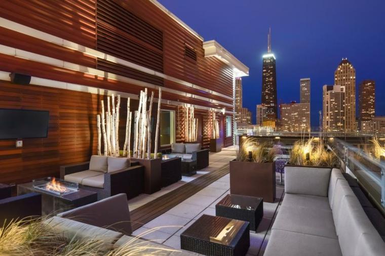 decorar terrazas urbanas soluciones listones maderas calido