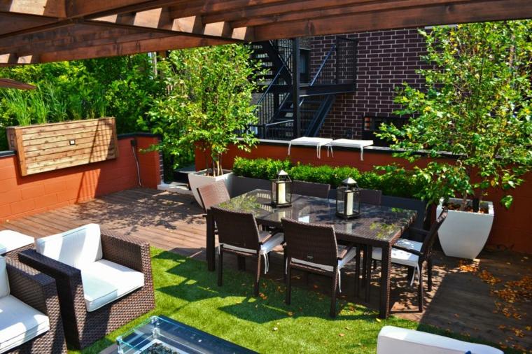 decorar terrazas urbanas soluciones naturales comedores alfombras
