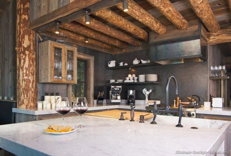 diseño cocina techo troncos madera