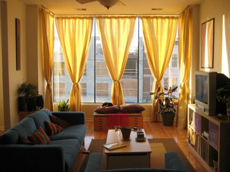 diseño cortinas color amarillo ocre