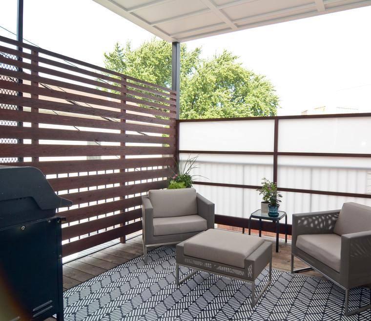 terraza moderna cubierta pequeña