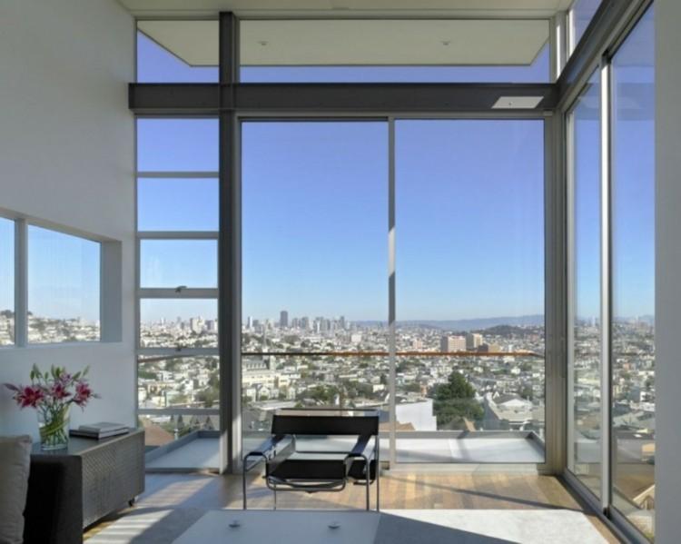 diseño salon balcon cerrado vidrio