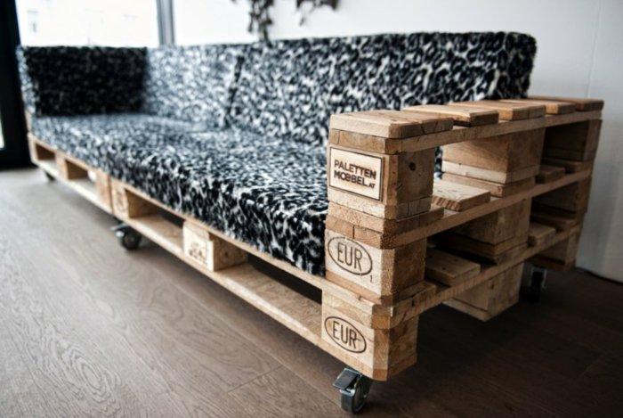 sofá moderno ruedas pallet