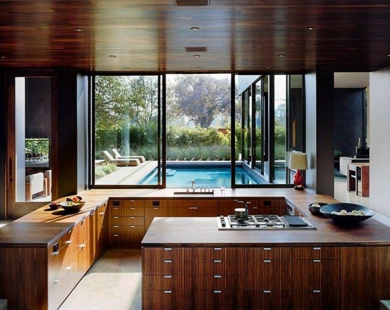 disenos cocinas ventana piscina ideas