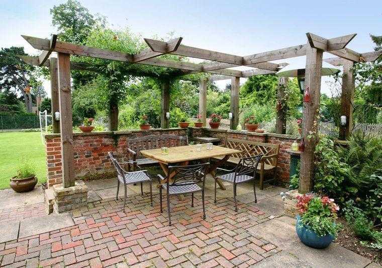 Gazebos y p rgolas ideas interesantes originales y modernas for Jardines pequenos con ladrillos