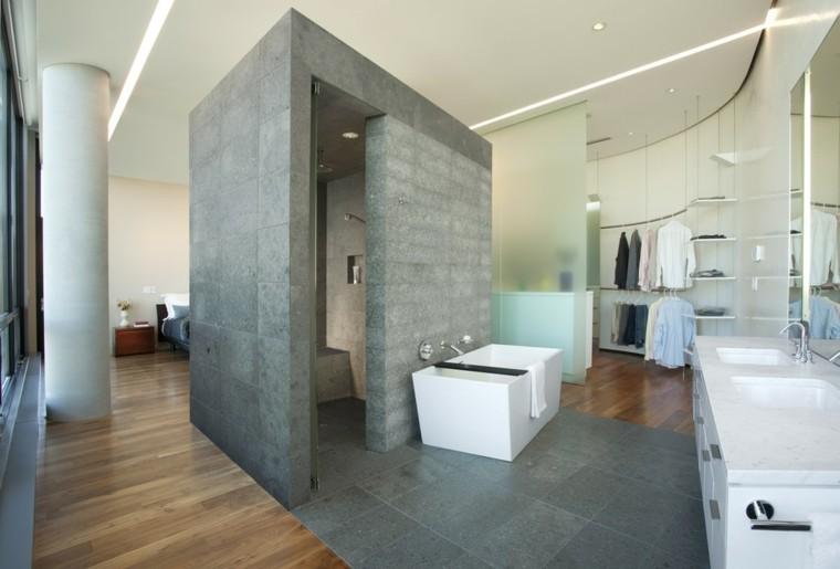 estupendo baño lujoso moderno