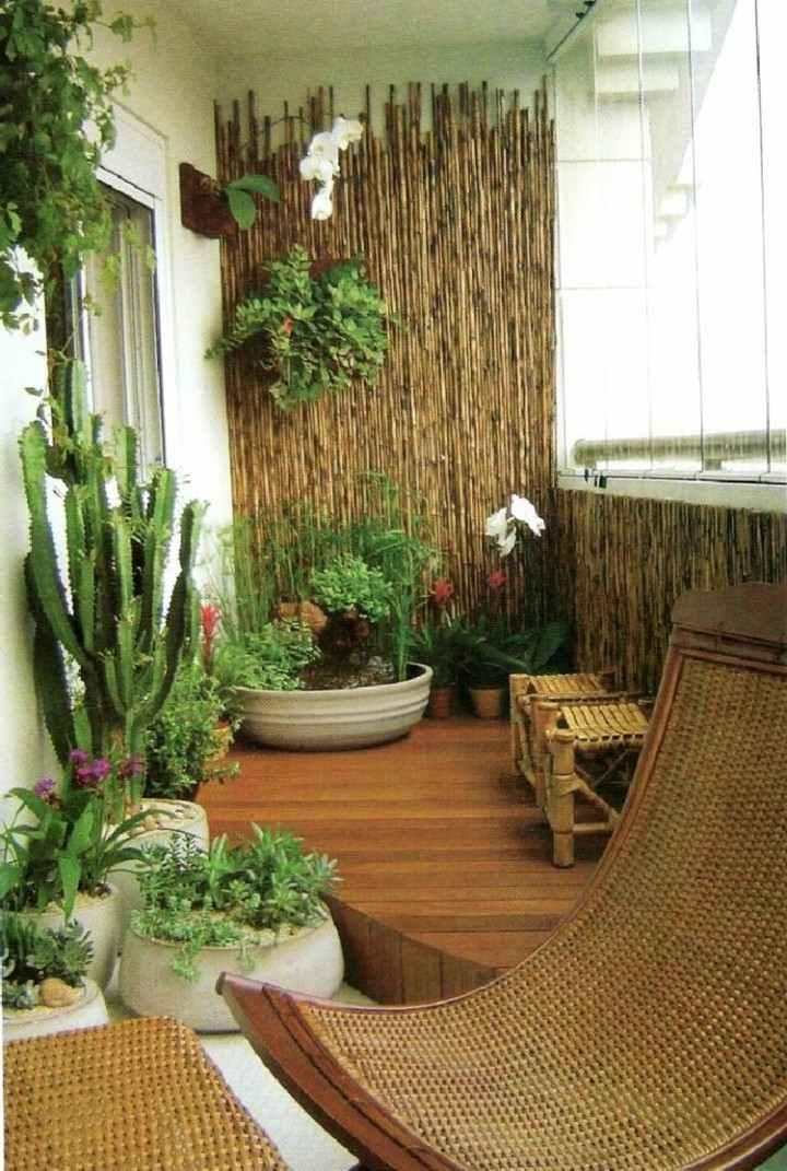 Balcones peque os decorados con mucho estilo 45 ideas for Idea deco terraza de madera