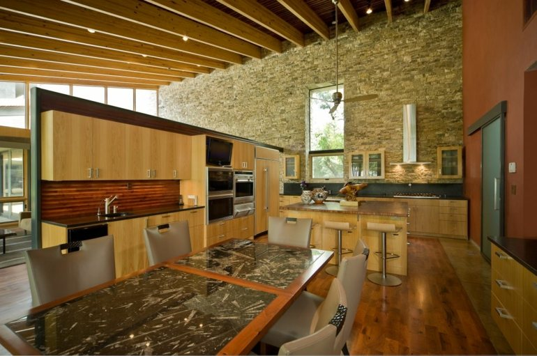 Decoraci n de cocinas r sticas 50 ideas originales for Cocinas con pared de piedra