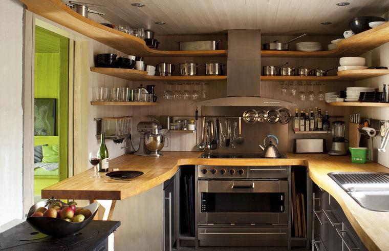 diseño cocina estantes madera