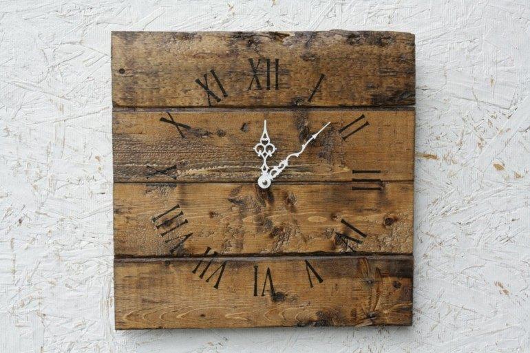 estupendo reloj pallet deco madera