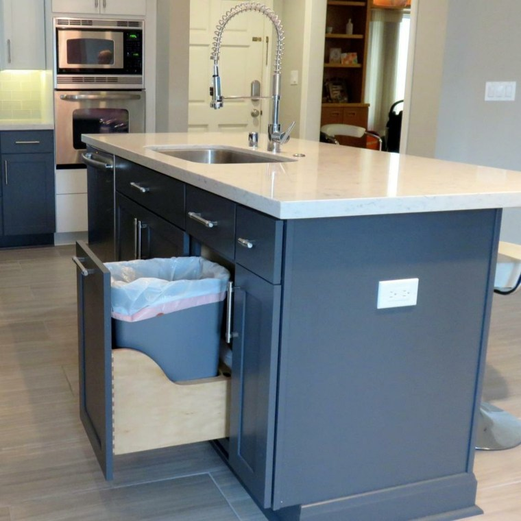 Fotos de mueble de cocina aprovechando el espacio for Mueble encimera cocina