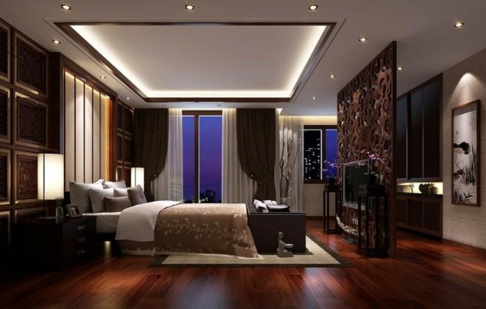 habitación lujosa suelo laminado caoba