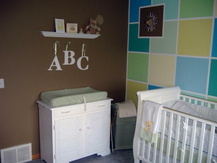 habitaciones niña bebe soluciones colorida marrones