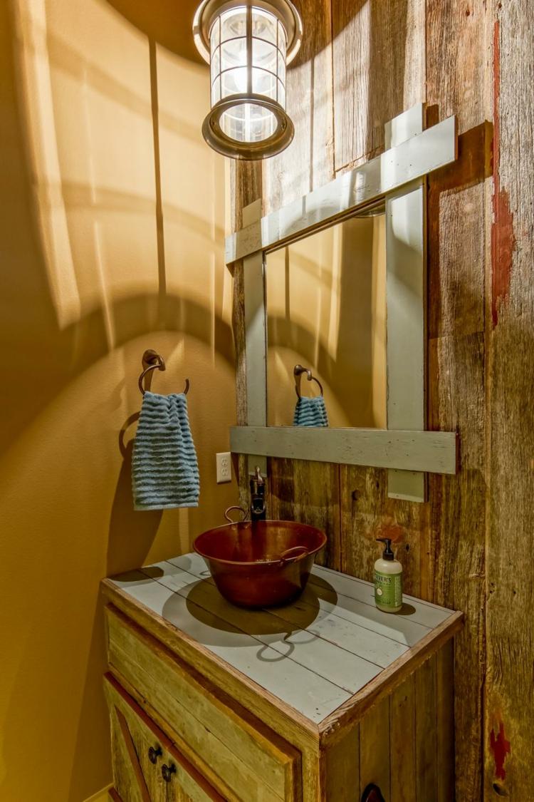 ideas de como decorar un baño pequeño mesas amarillo