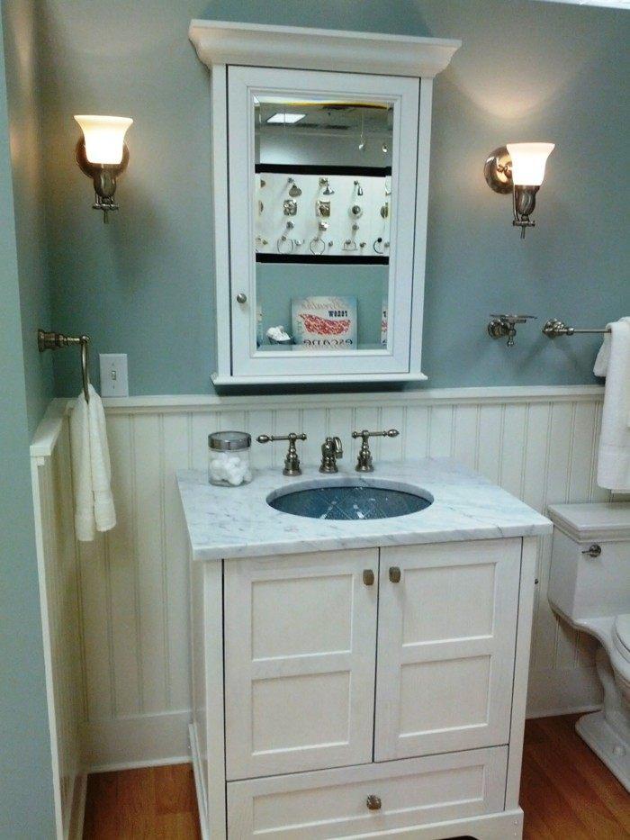 ideas decoracion baños pequeños azules blanco
