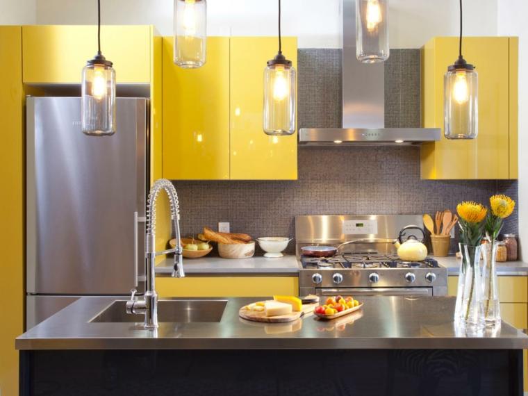 ideas para reformar mi casa luminarias cocinas amarillo