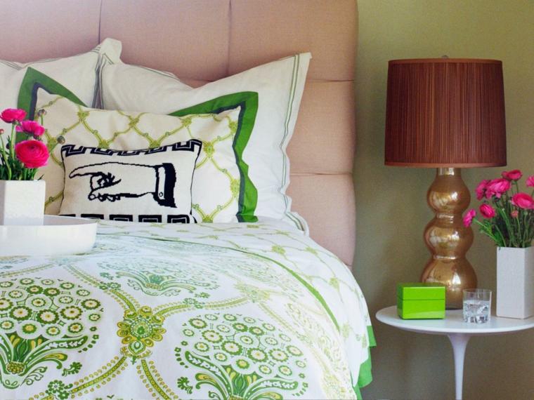 ideas para reformar mi casa plantas verdes almohadones