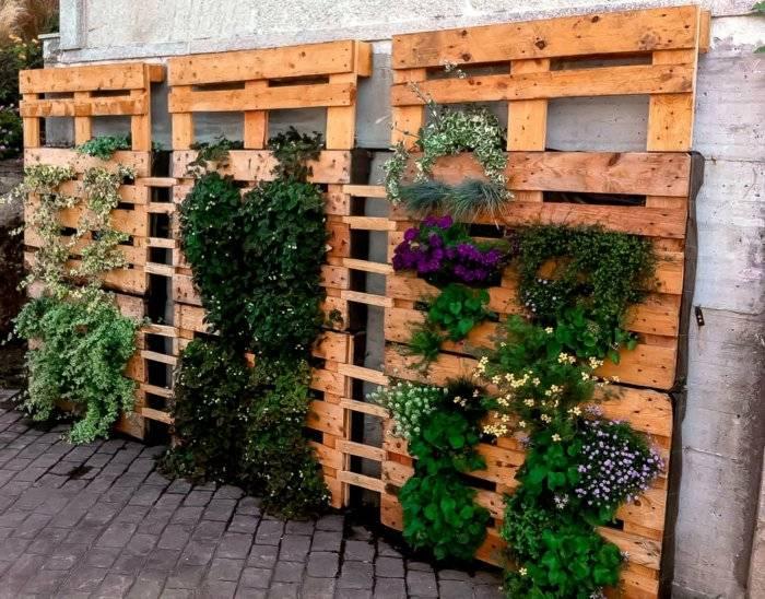 Palet de madera para decorar su hogar 100 ideas - Jardineras con palets de madera ...