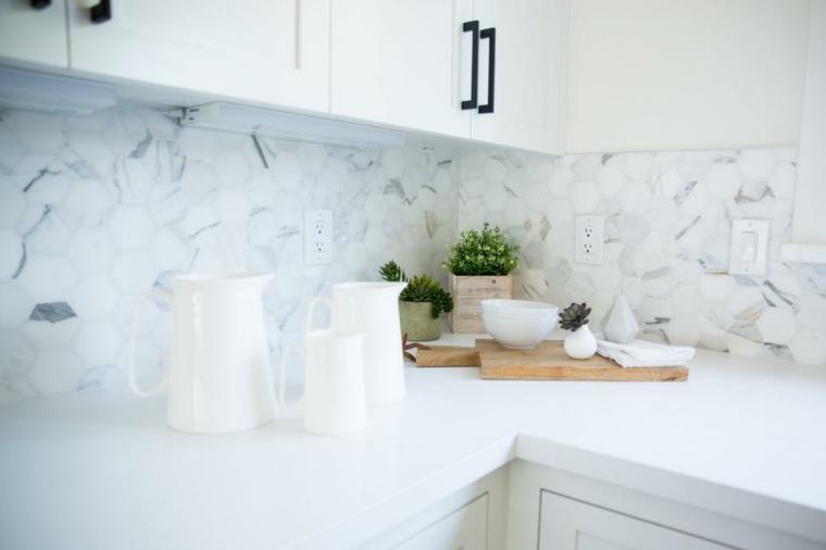 luminosa detalles cocinas macetas texturas