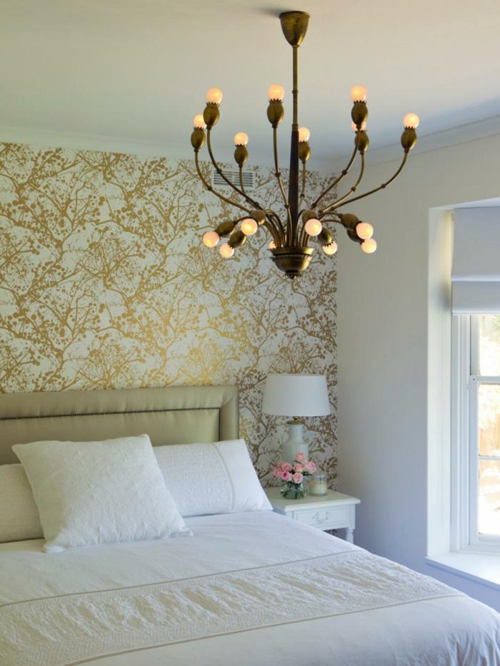 luminoso blanco diseños flores dorados