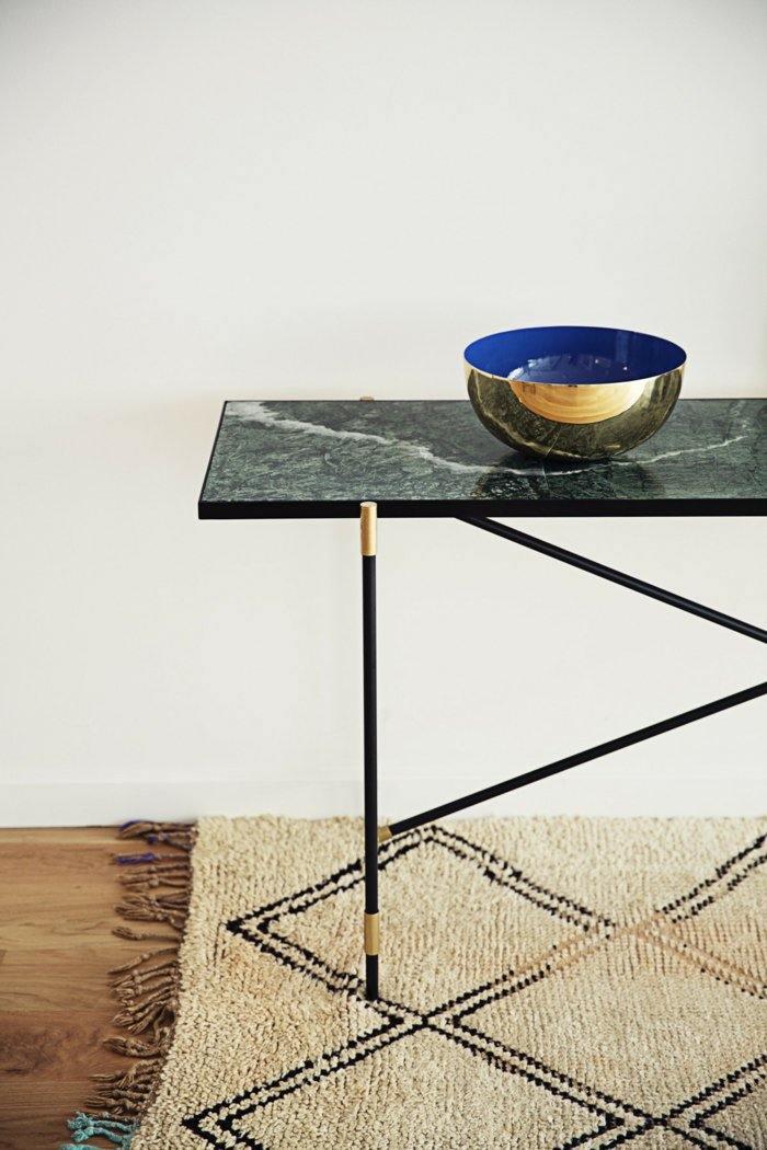 mobiliario diseño salones dorados alfombras