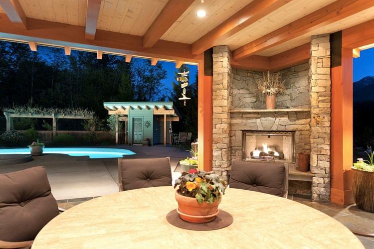 moderna casa piscina flores macetas