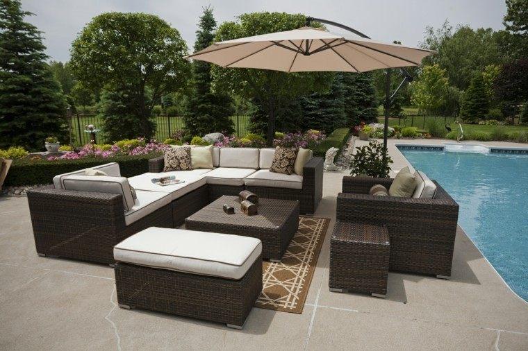 muebles de terrazas color marrón