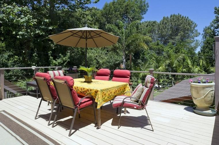 muebles exterior sillas cojines rojos mesa ideas