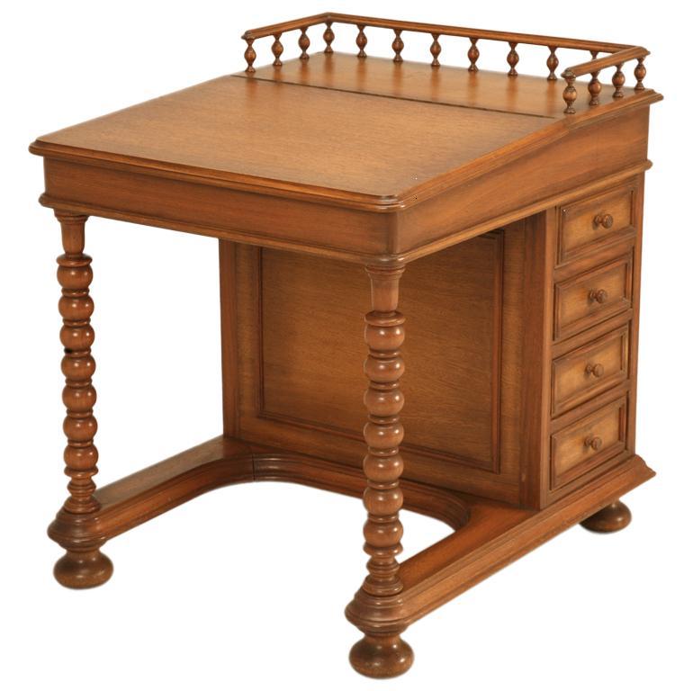 Muebles estilo colonial interiores elegantes con madera for Estilos de muebles de madera