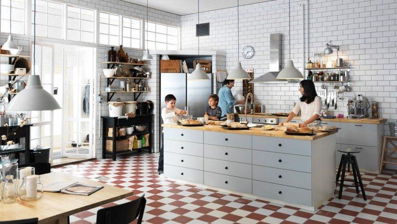 muebles cocina grises encimera madera