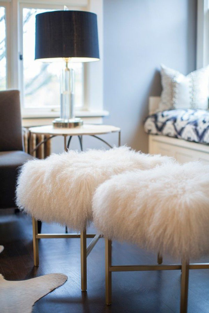muebles luminarias decorado jarrones pieles metales