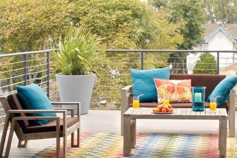 muebles terraza cojines azules colores
